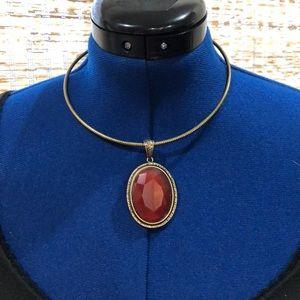 Premier designs pendant necklace